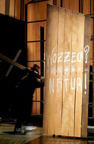 WOZZECK - Mise en scène: Jean-François Sivadier - 18.01.2007 Opéra de Lille - photographie © Frédéric Iovino