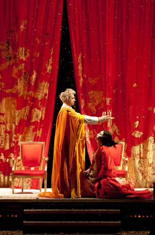 LE COURONNEMENT DE POPPEE (J.F.Sivadier) mars 2012 - Opéra de Lille - photographie © Frédéric Iovino
